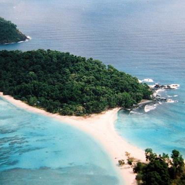 Cinque Island Tour